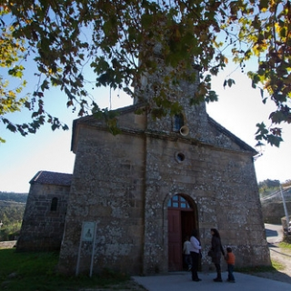 "Iglesia de Ardán • <a style=""font-size:0.8em;"" href=""http://www.flickr.com/photos/152352300@N07/49707225866/"" target=""_blank"">View on Flickr</a>"